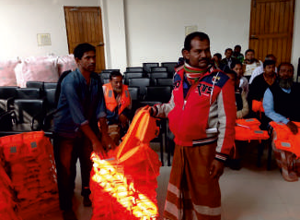 IMRF Provides Lifejackets to Bangladesh Fishermen